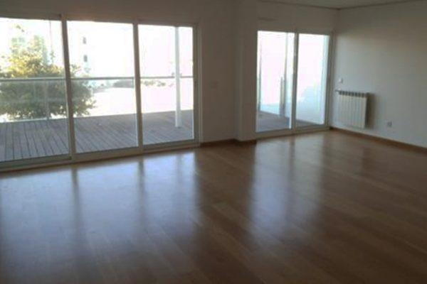 Apartamento T3 em Caparica